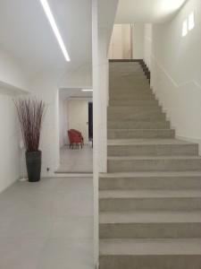 pancotti pavimenti rivestimenti scala microcemento milano 2